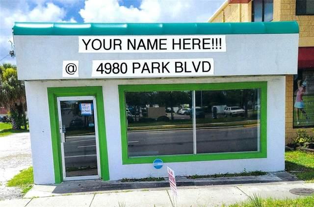4900 Park Boulevard N, Pinellas Park, FL 33781 (MLS #U8130588) :: Zarghami Group