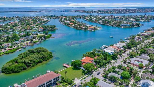 3101 Pass A Grille Way, St Pete Beach, FL 33706 (MLS #U8135405) :: Future Home Realty