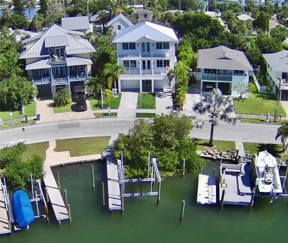 3313 W Maritana Drive, St Pete Beach, FL 33706 (MLS #U8137954) :: RE/MAX Local Expert