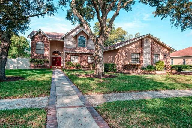 9936 Oaks Lane, Seminole, FL 33772 (MLS #U8139150) :: The Nathan Bangs Group