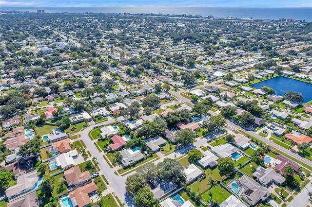 11174 Regal Lane, Largo, FL 33774 (MLS #U8139847) :: Everlane Realty