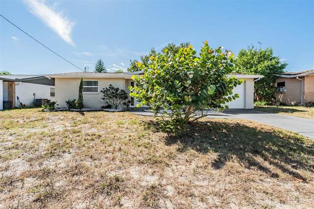 7200 Country Club Drive, Hudson, FL 34667 (MLS #U8140741) :: Everlane Realty