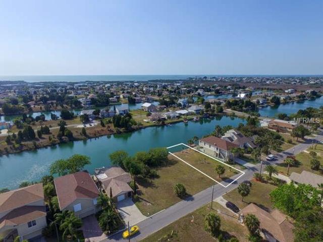 3257 Sea Grape Drive, Hernando Beach, FL 34607 (MLS #W7628689) :: The Duncan Duo Team