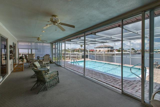 5430 Westshore Drive, New Port Richey, FL 34652 (MLS #W7801436) :: The Lockhart Team