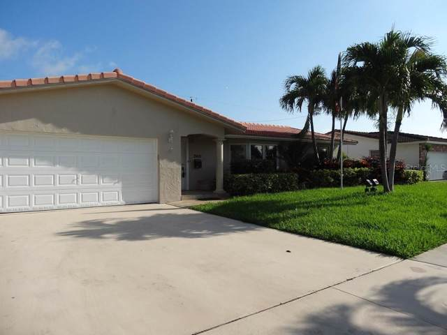 2401 NE 35TH Drive, Fort Lauderdale, FL 33308 (MLS #W7817051) :: The Duncan Duo Team