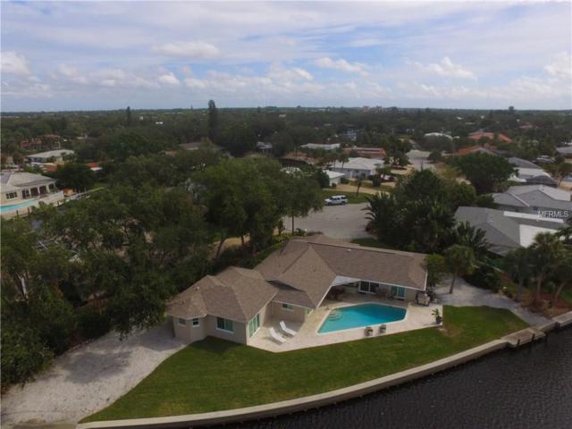 900 Contento Circle, Sarasota, FL 34242 (MLS #A4179116) :: Medway Realty