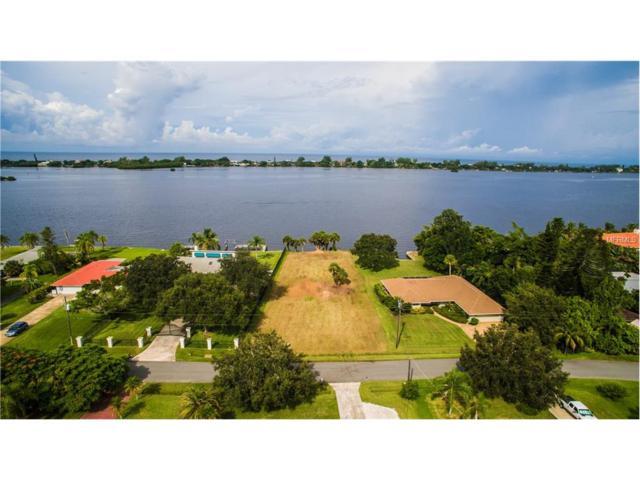 560 Bayshore Drive, Osprey, FL 34229 (MLS #A4195848) :: Medway Realty