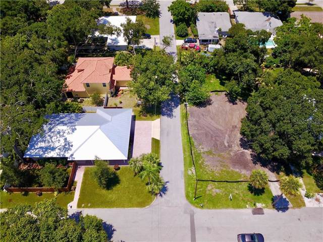 1635 S School, Sarasota, FL 34239 (MLS #A4409775) :: Griffin Group