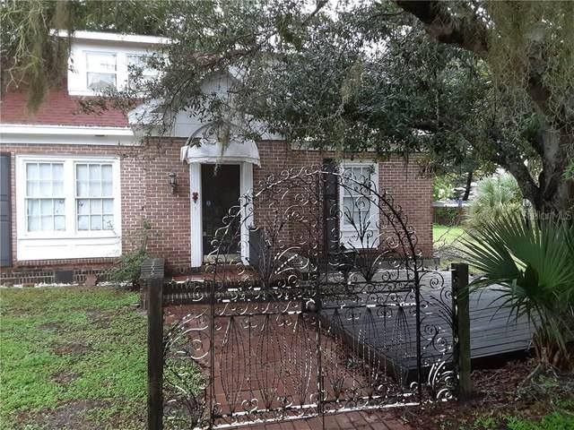 2203 Hillview Street, Sarasota, FL 34239 (MLS #A4477958) :: McConnell and Associates