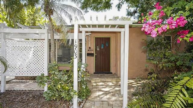 1903 Oak Street, Sarasota, FL 34236 (MLS #A4499540) :: Zarghami Group