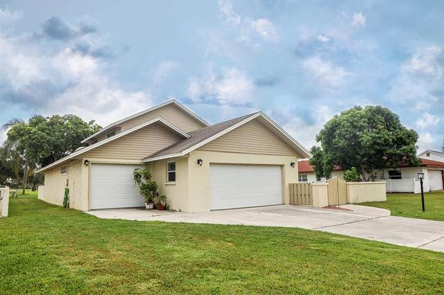 6119 45TH Street N, Bradenton, FL 34210 (MLS #A4510894) :: SunCoast Home Experts