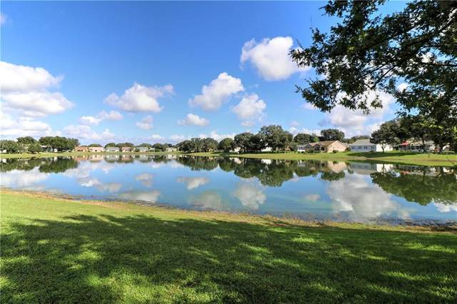 1021 Del Rio Drive, The Villages, FL 32159 (MLS #G5035207) :: Keller Williams Realty Peace River Partners