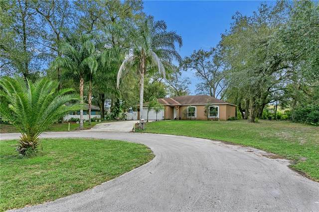 3251 Planter Drive, Deltona, FL 32738 (MLS #O5903700) :: Bustamante Real Estate
