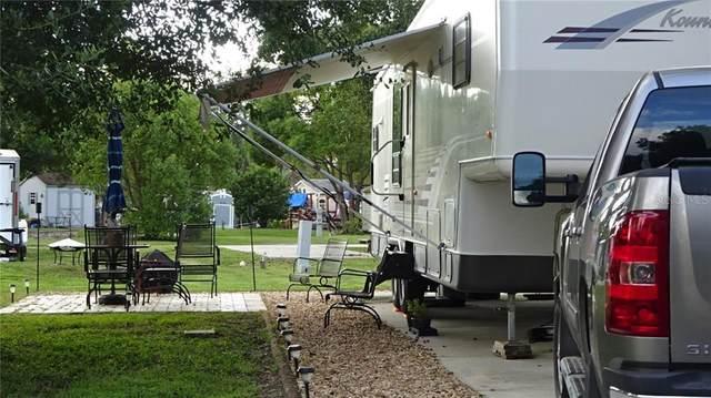 2876 NE 104TH Terrace, Silver Springs, FL 34488 (MLS #OM601272) :: Lockhart & Walseth Team, Realtors