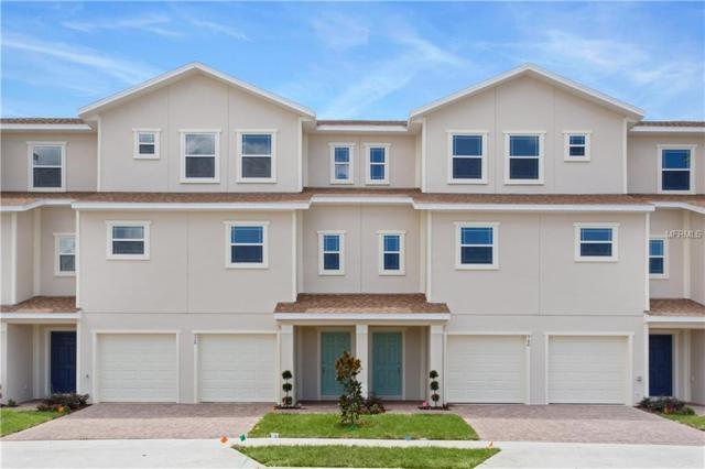 960 Lakefront Village Drive, Clermont, FL 34711 (MLS #S4853990) :: Griffin Group
