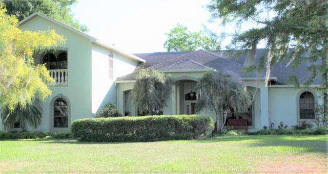 1374 E Lakeshore Boulevard, Kissimmee, FL 34769 (MLS #S5000790) :: The Duncan Duo Team