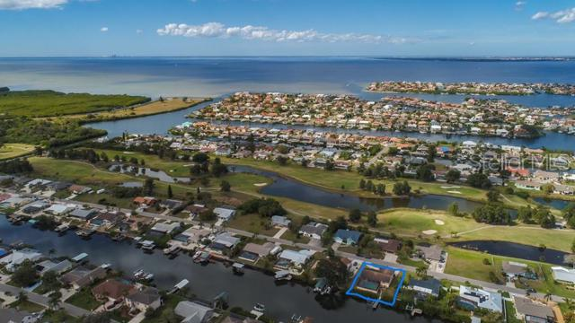 824 Eagle Lane, Apollo Beach, FL 33572 (MLS #T3157047) :: The Duncan Duo Team