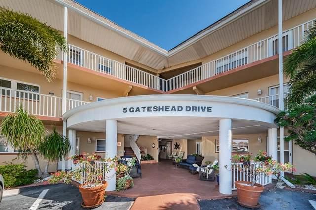 5 Gateshead Drive #208, Dunedin, FL 34698 (MLS #U8080324) :: Heckler Realty