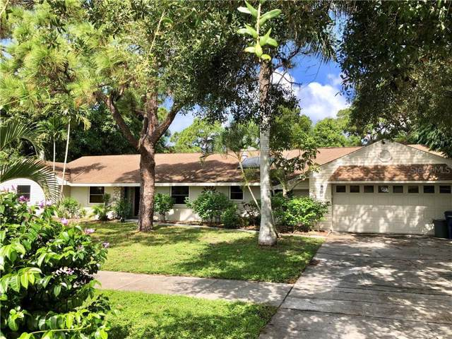 1112 Montezuma Drive, Bradenton, FL 34209 (MLS #A4439762) :: The Duncan Duo Team