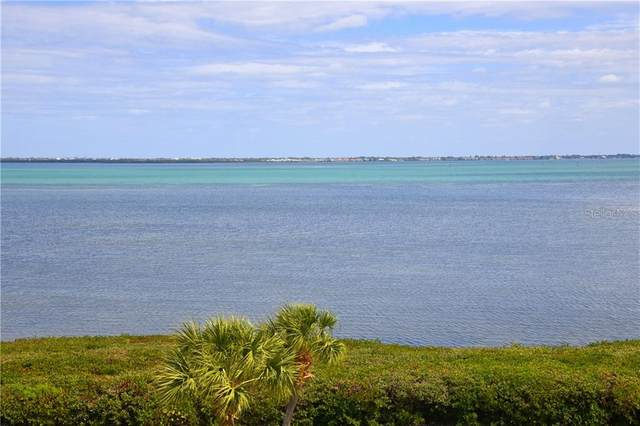 4700 Gulf Of Mexico Drive Ph3, Longboat Key, FL 34228 (MLS #A4460638) :: The A Team of Charles Rutenberg Realty