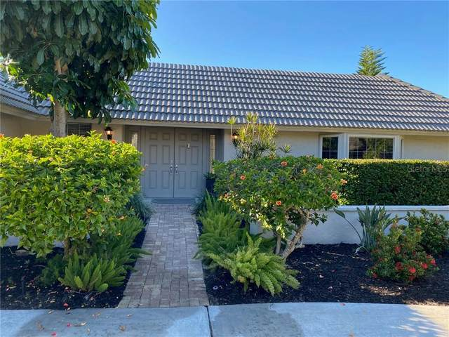 320 Bob White Way, Sarasota, FL 34236 (MLS #A4481884) :: Sarasota Home Specialists