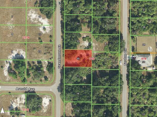 196 Grandmont Street, Port Charlotte, FL 33954 (MLS #C7054558) :: Medway Realty