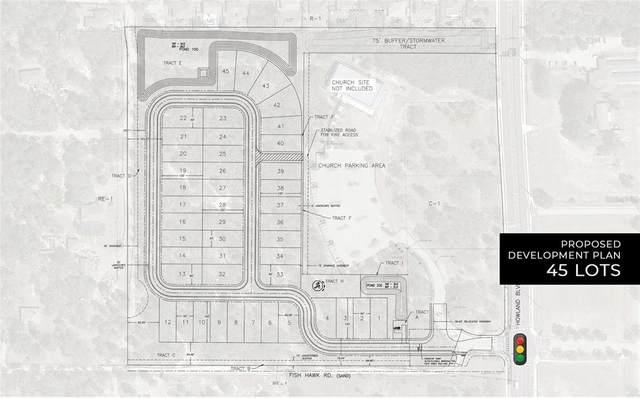 935 Howland Boulevard, Deltona, FL 32738 (MLS #O5815919) :: The Lersch Group