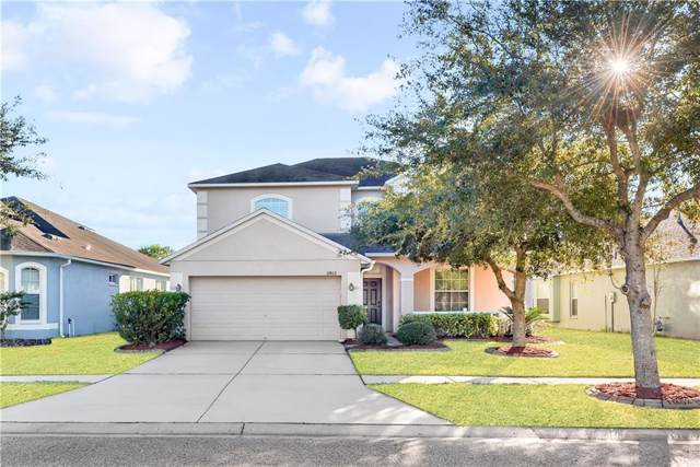 11402 Weston Course Loop, Riverview, FL 33579 (MLS #T3205394) :: The Light Team