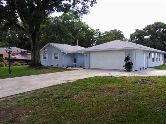 5939 High Glen Drive, Lakeland, FL 33813 (MLS #L4909574) :: The Duncan Duo Team