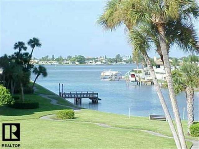 4700 Cove Circle #105, St Petersburg, FL 33708 (MLS #U7797331) :: The Duncan Duo Team