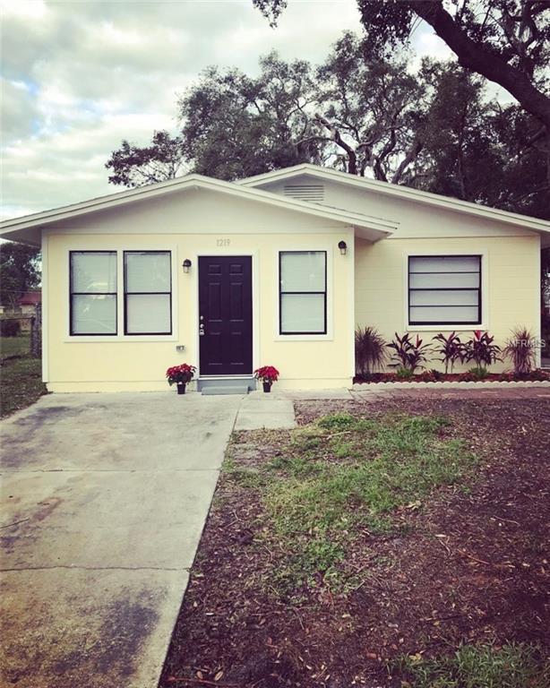 1219 20TH Avenue W, Palmetto, FL 34221 (MLS #A4204463) :: Medway Realty