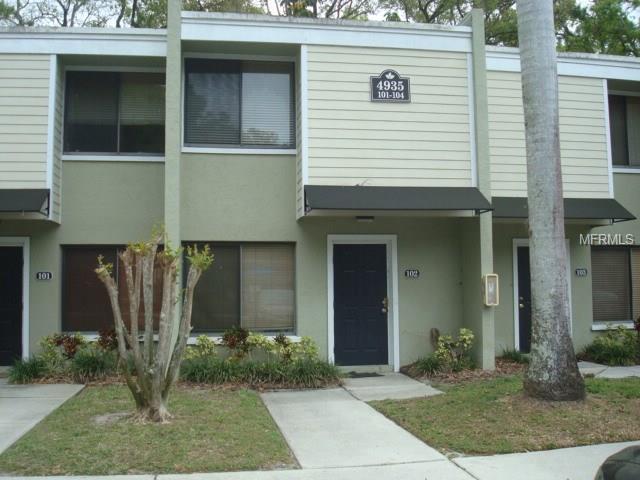 4935 25TH Street W #102, Bradenton, FL 34207 (MLS #A4212400) :: The Duncan Duo Team