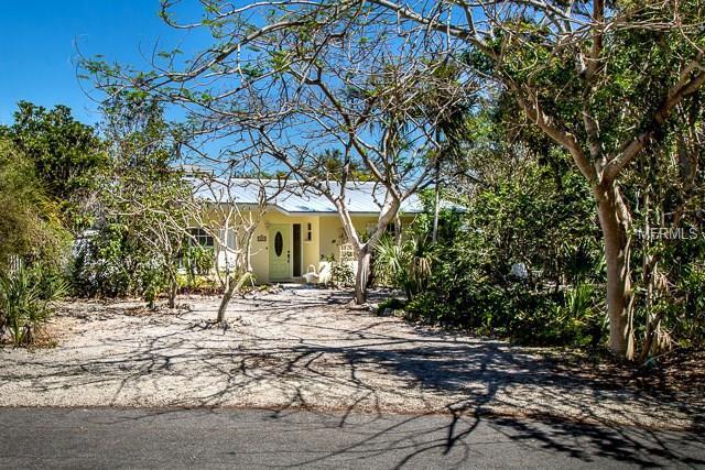 720 Jacaranda Road, Anna Maria, FL 34216 (MLS #A4212799) :: Medway Realty
