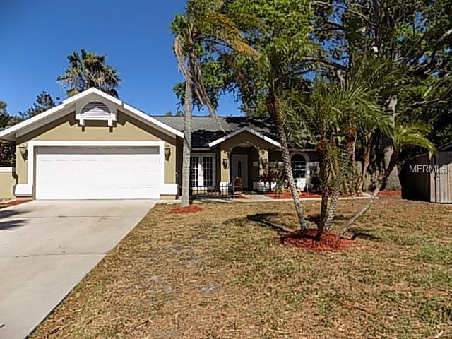 913 70TH Drive E, Sarasota, FL 34243 (MLS #A4213515) :: Medway Realty