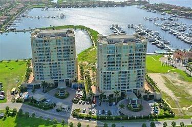 130 Riviera Dunes Way #704, Palmetto, FL 34221 (MLS #A4213961) :: The Duncan Duo Team