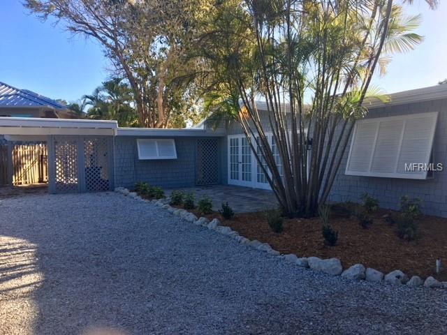 4851 Primrose Path, Sarasota, FL 34242 (MLS #A4400401) :: Zarghami Group