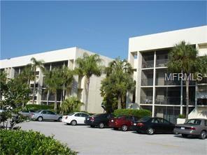 6120 43RD Street W 307B, Bradenton, FL 34210 (MLS #A4400953) :: The Duncan Duo Team