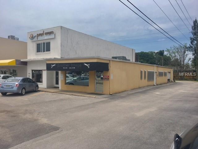 2725 Mall Drive, Sarasota, FL 34231 (MLS #A4403071) :: The Duncan Duo Team