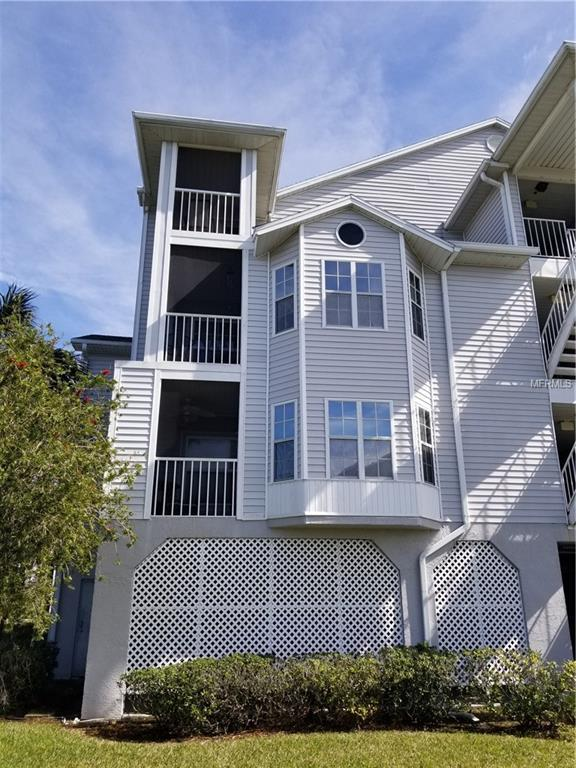 5722 Biscayne Court #108, New Port Richey, FL 34652 (MLS #A4403142) :: The Duncan Duo Team