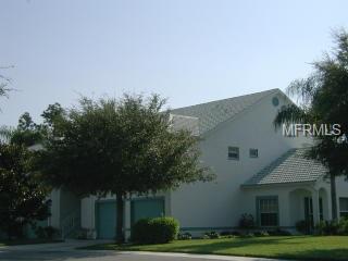 6582 Fairway Gardens Drive 4-201, Bradenton, FL 34203 (MLS #A4403478) :: The Duncan Duo Team
