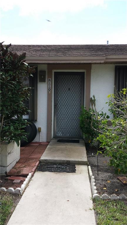 6110 Fairfield Circle #18, Greenacres, FL 33463 (MLS #A4405990) :: The Duncan Duo Team