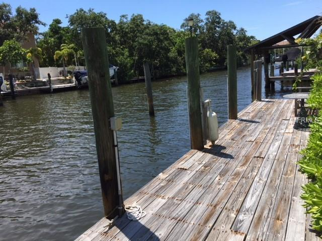 5010 Commonwealth Drive, Sarasota, FL 34242 (MLS #A4408133) :: Premium Properties Real Estate Services
