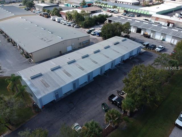 4251 Derek Way, Sarasota, FL 34233 (MLS #A4410351) :: Medway Realty