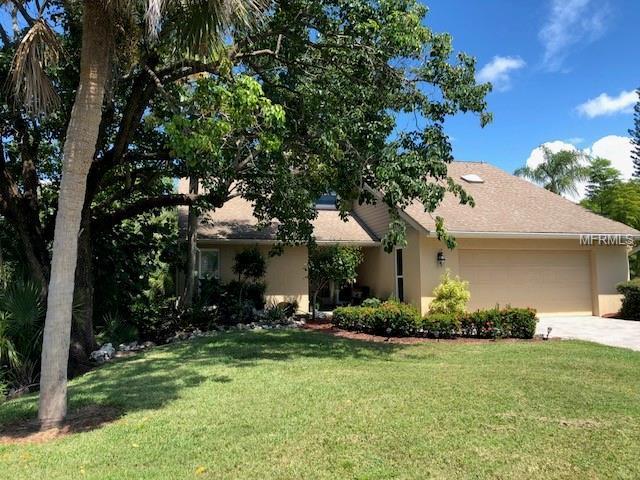 Address Not Published, Sarasota, FL 34231 (MLS #A4413529) :: Lovitch Realty Group, LLC