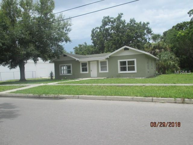 320 15TH Street E, Bradenton, FL 34208 (MLS #A4413737) :: The Duncan Duo Team