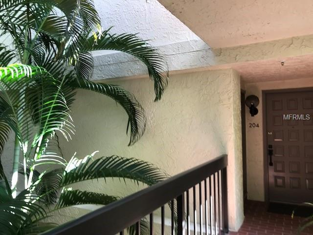 1935 Gulf Of Mexico Drive G7-204, Longboat Key, FL 34228 (MLS #A4414685) :: The Duncan Duo Team