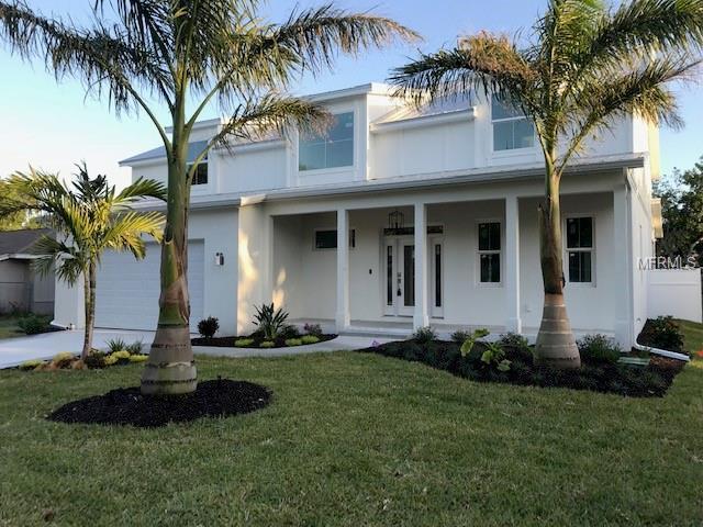 2035 Wisteria Street, Sarasota, FL 34239 (MLS #A4420326) :: The Duncan Duo Team