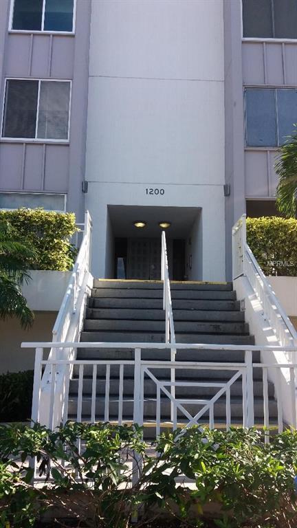1200 E Peppertree Lane #305, Sarasota, FL 34242 (MLS #A4424112) :: Zarghami Group