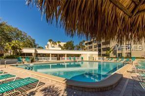2615 Cove Cay Drive #303, Clearwater, FL 33760 (MLS #A4426419) :: KELLER WILLIAMS CLASSIC VI
