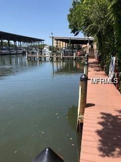 570 Blackburn Point Road Ngboat, Osprey, FL 34229 (MLS #A4429651) :: Dalton Wade Real Estate Group